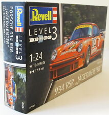 "Revell 1:24 07031 Porsche 934 RSR ""Jägermeister"" Model Car Kit"