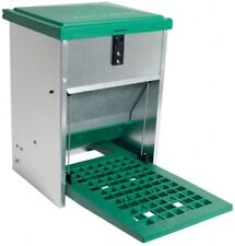 Futterautomat 5 kg verz. mit Trittbrett Kunststoff Nr. 41049