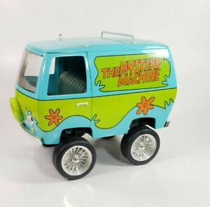 1/18 Johnny Lightning Scooby Doo Mystery Machine van - very rare. Custom.