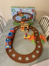 elc happyland Train Track, With Box. Station, Figures And Vehicles. All Working