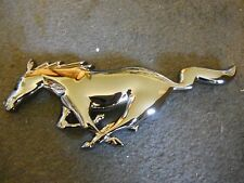 2005 2006 2007 2008 2009 FORD MUSTANG HORSE GRILLE GRILLE EMBLEM BLACK CHROME!!!