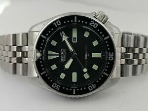 LOVELY PRE OWNED VINTAGE SEIKO DIVER 4205-0155 AUTOMATIC WATCH S.N: 560771