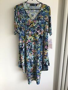 Nina Leonard Miracle Matte Jersey Dress - Medium