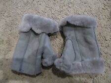 BARNEYS New York gray soft suede Shearling lined fingerless gloves mittens