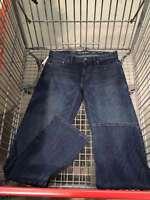 Calvin Klein Men's Straight Fit Jean