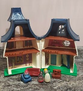 Vintage HASBRO WEEBLES Haunted House All Furniture 4 Weebles Ghost Witch 1976