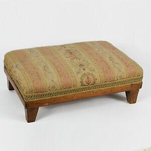 Sgabello poggiapiedi antico deco piedi in legno pouf anni 40 per salotto vintage