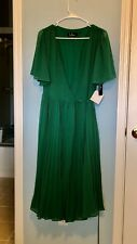 Lulus Pleats to Meet You Kelly Green Dress Small New In Package