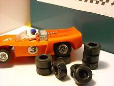 8  pneus ar URETHANE  protos  SCALEXTRIC  70-80