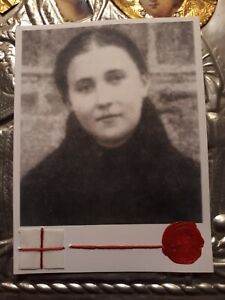 """St.Gemma Galgani """"In Her Later Years"""" Holy Card with Relic & Prayer."""