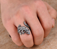 925 STERLING SILVER REALISTIC CARVED DETAIL CLIMBING LIZARD REPTILE ANIMAL RING