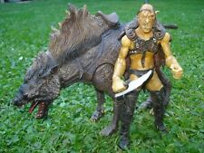 LORD OF THE RINGS - SHARKU WARG RIDER WITH WARG BEAST DELUXE FIGURES