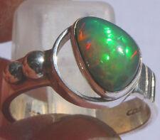 Echter Welo Crystal Opal 1.5 Karat  950er Silberring Größe 19,1 mm