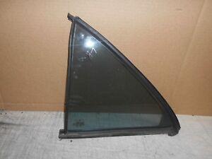 1996- 1998 Mercedes E430 320 Vent window left rear door quarter glass window