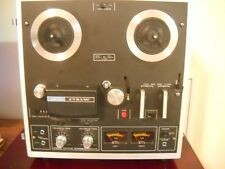 Akai 1721W Reel to Reel 4 Track 2 Channel Tape Player/Recorder Walnut Case