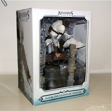 ASSASSINS CREED ASSASSIN ACTION FIGURE ALTAIR BELL STATUE 28 CM