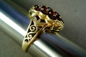 10K Yellow Gold Openwork Ring,19 Round Red-Orange Garnets, Signed, 5.3g, Size 10