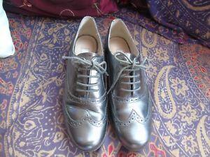 Ladies silver clarkes shoes
