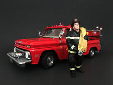 FIREFIGHTER JOB DONE FIGURE 1:18 SCALE BY AMERICAN DIORAMA 77462