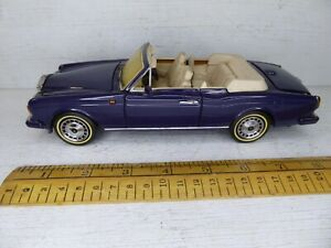 1/24 Franklin Mint 1993  Rolls Royce Corniche IV .Screen discoloured .