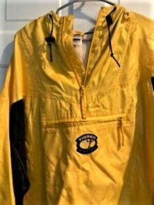 Disney Tigger Coat Jacket Mens XXL Yellow Hooded Raincoat Pre-Owned Very Nice
