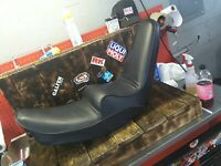 Motorcycle seat cover Yamaha XS750SE with gold print