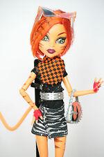 Monster high poupée toralei stripe basic/série 1 au club school fashion pack