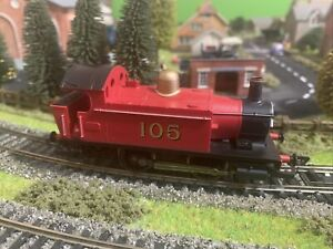 Hornby 00 gauge 0-4-0 Loco - Split From Train Set EXCELLENT CONDITION