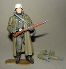 1:18 Ultimate Soldier WWII German Wehrmacht Infantry Long Coat Action Figure