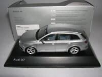 Spark Audi Q7 Q 7 florett silber foil silver, 1:43 Artikel 501 14 076 13