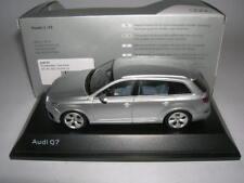 Spark Audi Q7 Q 7 Florett Silver Foil Silver, 1:43 Article 501 14 076 13