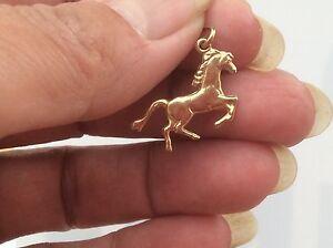 BEAUTIFUL 9ct HORSE CHARM
