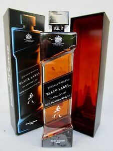 Johnnie Walker Blade Runner Ltd Edit Full/Sealed/Box-( From The Movie) -Rare!!!!