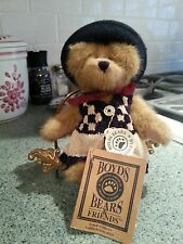 Boyd's bear F.o. B. with vest and roller hat
