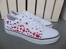 NWT WOMEN'S VANS OLD SKOOL (HEARTS) SNEAKERS/SHOES.SIZE 7.BRAND NEW FOR 2021.
