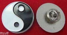 YIN YANG METAL revers cravate chapeau ou Casquette pin badge TAO Chinois Ancien Chine Broche