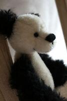 Panda,sucht neue Bambusplantage total niedlich der kleine, jetzt bist du gefragt