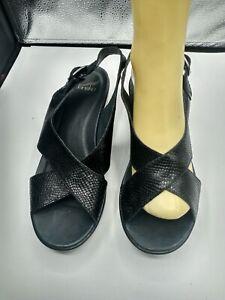 Dansko Womens Black snake Leather Ankle Strap Sandals Size 40/9.5 M
