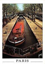 B52890 Paris Le Canal St Martin boats bateaux    france