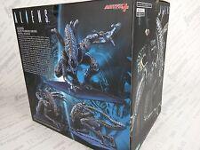 Kotobukiya Alien Warrior Drone ArtFX+ Statue