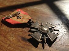 ORIGINAL WWII FRENCH WAR CROSS WITH BRONZE PALM AND STAR-REVERSE ONLY HAS 1939 !