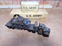 TMT TAYLOR TRUCK MILITARY U.S. ARMY SHERMAN TANK M4A3 & FLATBED TRUCK 1:32 USED