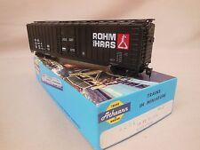 HO SCALE ATHEARN ROHM HASS 50' BOX CAR BLUE BOX KIT BUILT