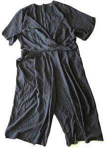 New Look Cropped Jumpsuit. Black. Size 20. Pockets. V-neck/faux Wrap front.