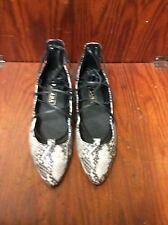 Women's Leather flat Lace up shoe, size 36, new without box, excellent condition