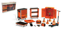Truescale TSM13AC25 Beta Tool Kit Garage Accessory Set - 1/18 Scale