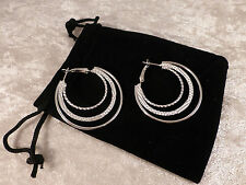 Muy Bonita Plateado & Rhinestone Triple Aro señoras Aretes + bolsa