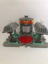 Disney Pixar Cars GeoTrax Transportation System Flo's V-8 Café by Fisher-Price