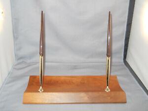 Sheaffer Vintage Walnut Double Ball Pen Desk Set--new-model--- W08