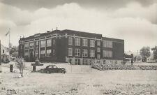 VINTAGE PHOTO OF SCHOOL BUILDING   VINTAGE CAR W/ INFO ON BACK